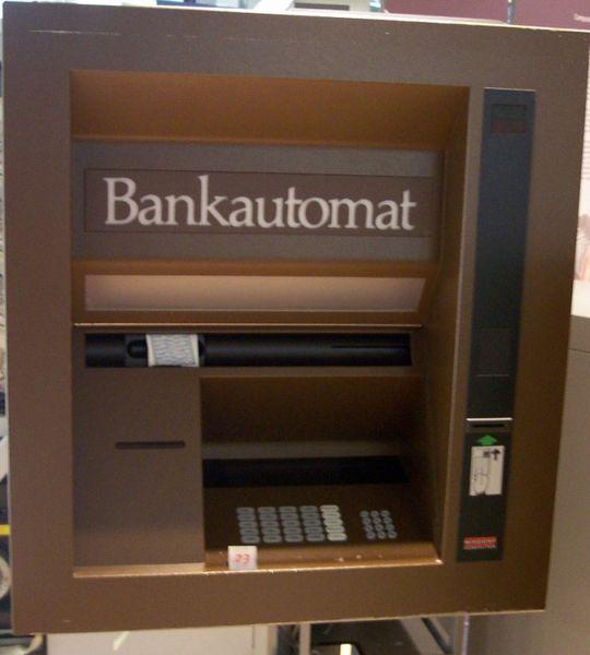 Früher Bankautomat