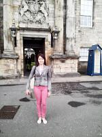 holyrood palace and park 4