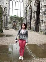 holyrood palace and park 7