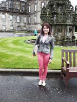 holyrood palace and park 8
