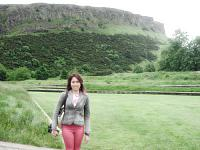 holyrood palace and park 9