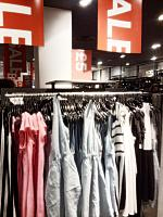 h and m 1